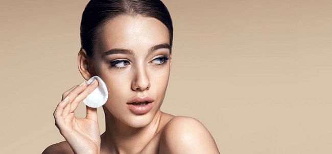 8 Best Setting Powders for Oily Skin