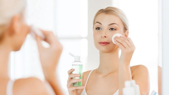 9 Best Toners for Sensitive Skin