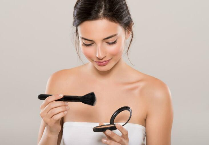 Best Powders for Oily Skin