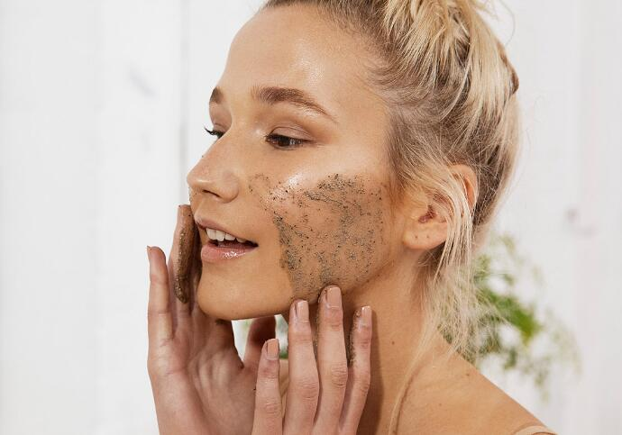 8 Best Face Exfoliators