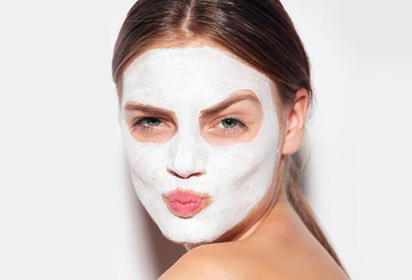 8 Best Face Masks for Sensitive Skin