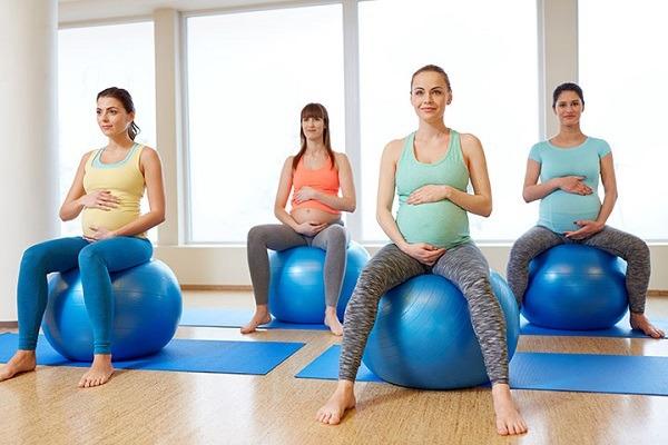 Precautions before using a birthing ball