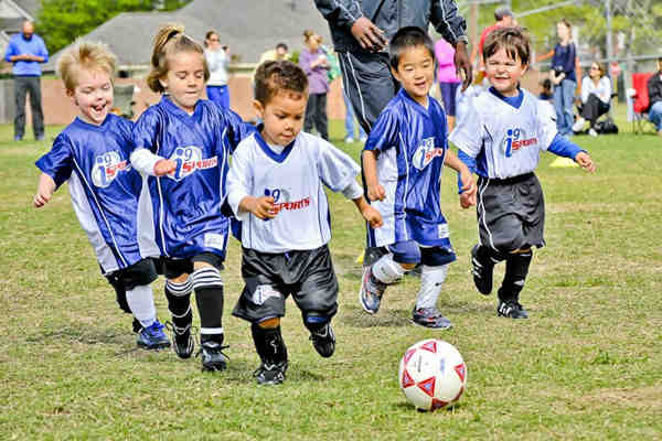 How to Groom Kids for Better Sportsmanship at Affordable Cost