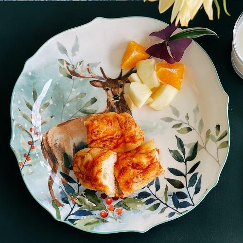 25% off Lareina 10.5 Inch Porcelain Dinner Salad Plates Set of 4